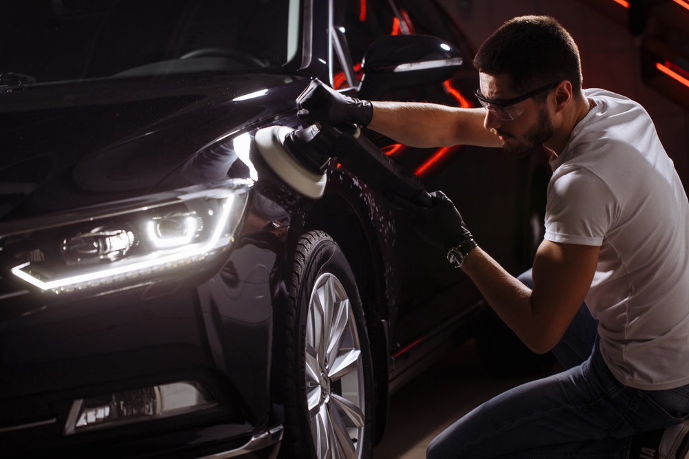 are black cars hard to keep clean?